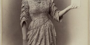 Miss Ellen Terry Photograph as Ophelia in Shakespeare's Hamlet